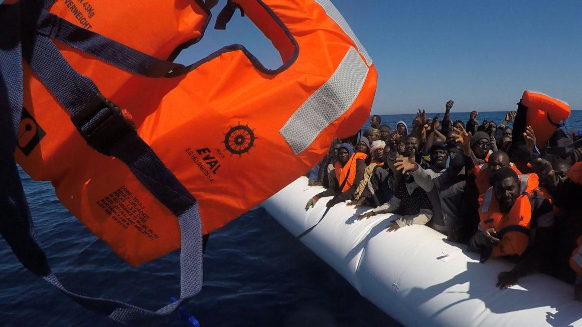 Les migrants ne savent pas nager
